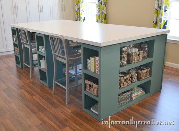DIY oversized craft table (via www.infarrantlycreative.net)