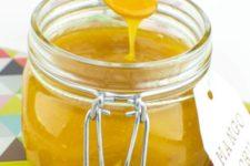 DIY soft mango scrub with a delicious smell