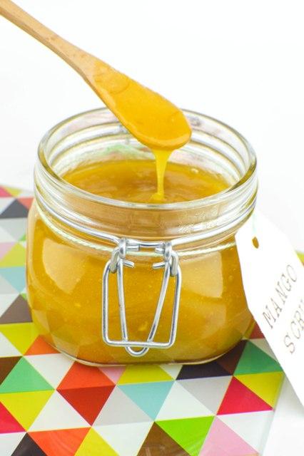 DIY soft mango scrub with a delicious smell (via www.styleoholic.com)