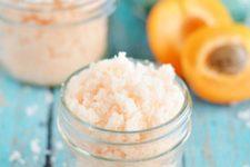 DIY apricot sugar scrub