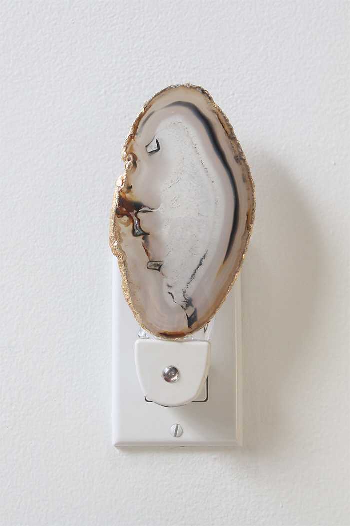 DIY agate slice night light (via squirrellyminds.com)