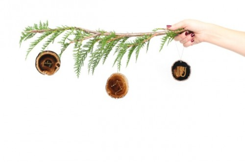 DIY gilded agate ornaments for decor all year round (via www.shelterness.com)