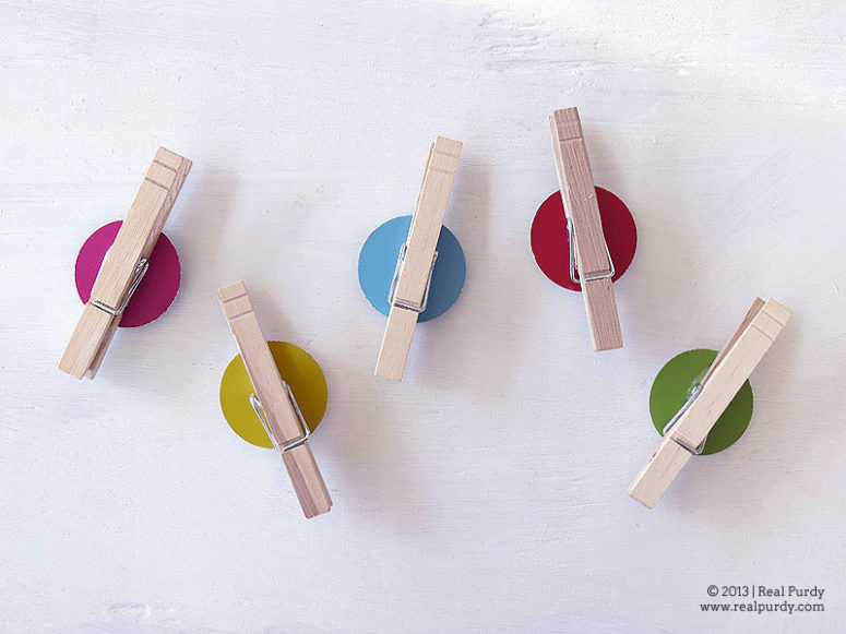 DIY bright color dot magnets with clothespins (via realpurdy.com)