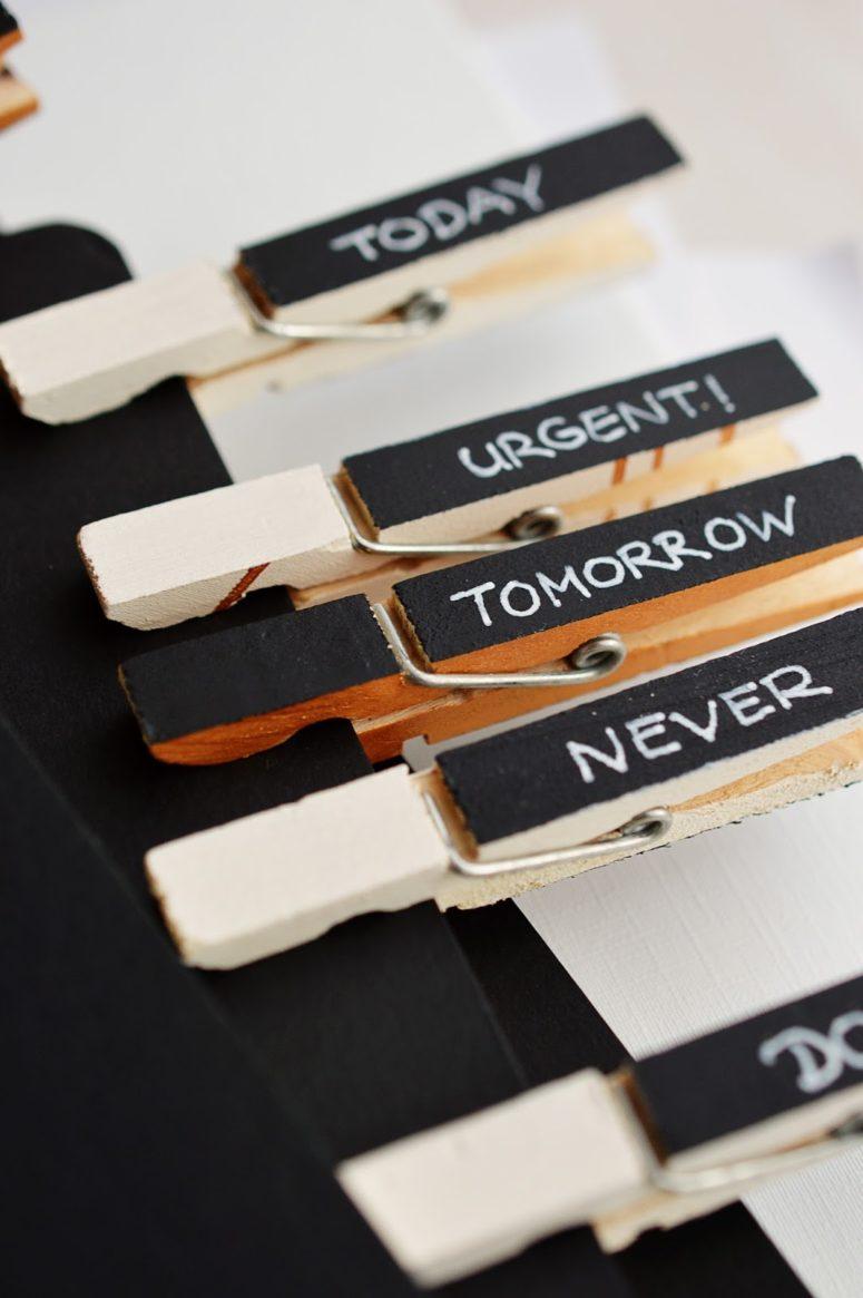 DIY clothespin markers (via mottesblog.blogspot.ru)