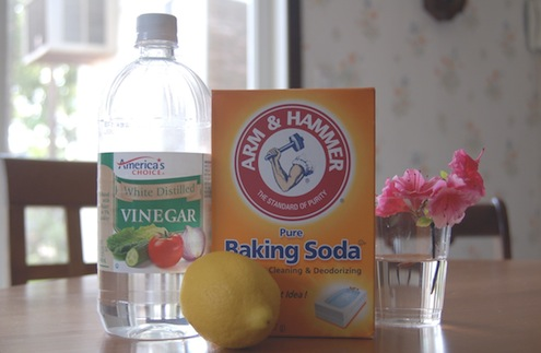 DIY grout cleaner with baking soda (via https:)