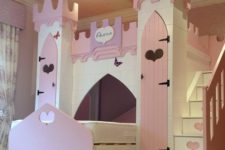 05 pink and purple castle with heart decor