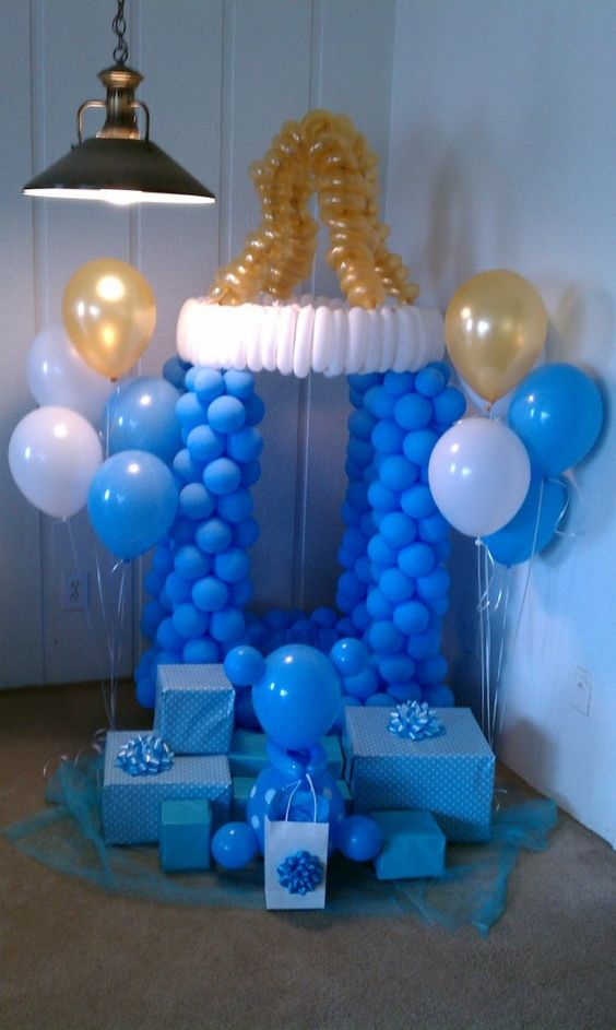 blue pacifier made of balloons for a boy's baby shower