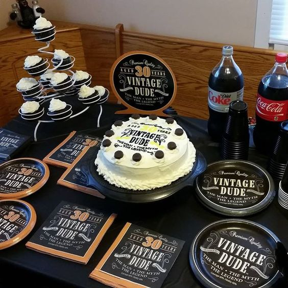 21 awesome 30th birthday party ideas for men shelterness for 50th birthday decoration ideas for men
