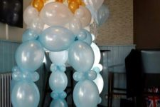 07 giant balloon pacifier in blue for a boy's baby shower