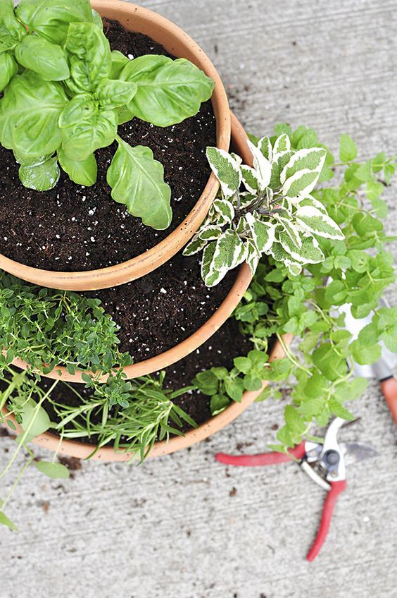 stacked planters herb garden is the easiest idea to DIY