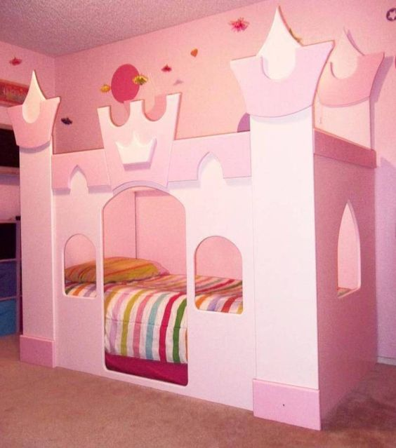 sweet pink castle bed with two floors can be ideal for a shared room