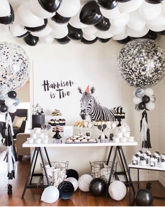 black and white balloons for the dessret table