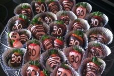 18 chocolate covered strawberries for a 30th birthday party
