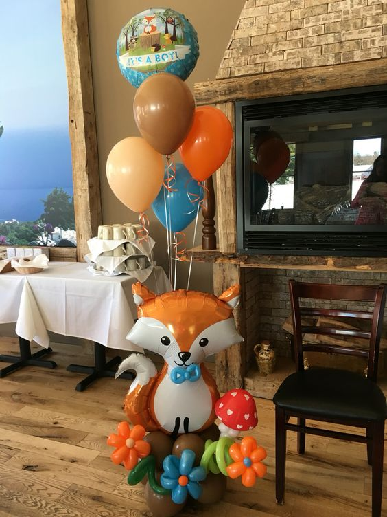 fox baby shower balloon decor for a woodland party