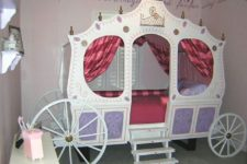20 such a beautiful carriage can be DIYed by you