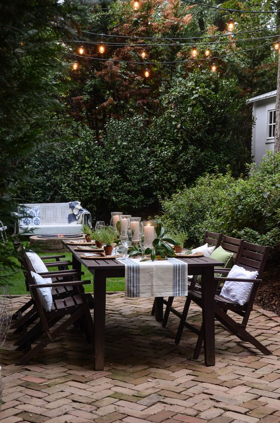 cladding the dining area with brick is a durable idea because it has low maintenance and pavers can be easily changed