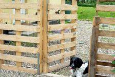 DIY pallet fence to make