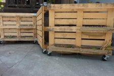 DIY pallet wood gate