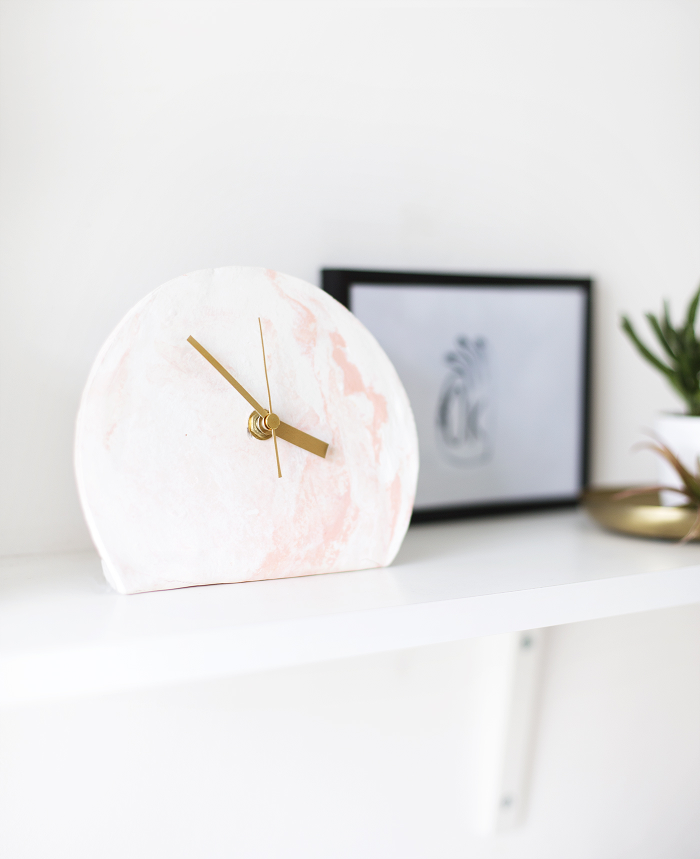 DIY marble clay clock