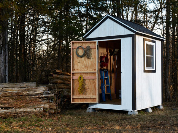 DIY simple garden shed from scratch (via www.popularmechanics.com)