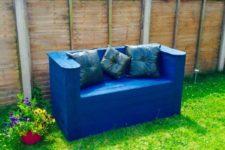DIY ultra-modern garden pallet bench