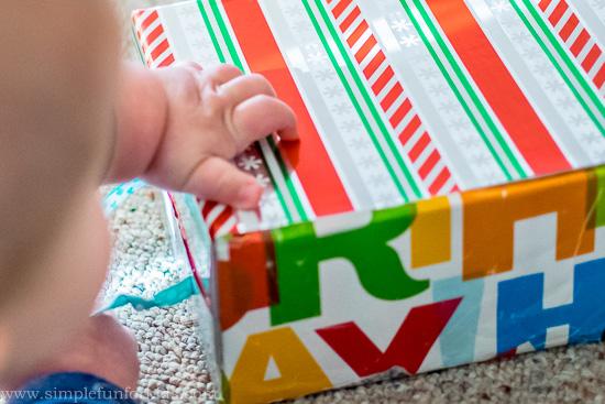 DIY ribbon box for babies