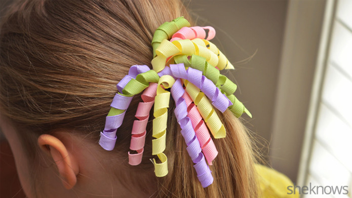 DIY curly ribbon hair bows for Easter (via www.sheknows.com)