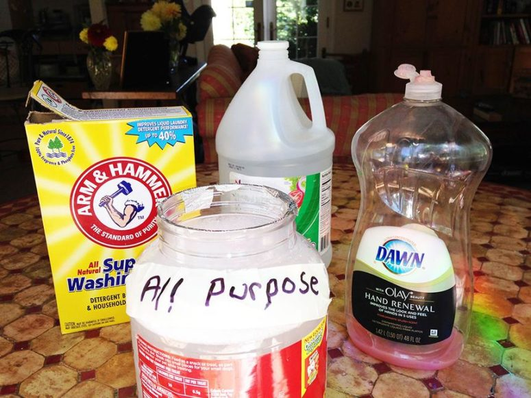 DIY floor cleaner with white vinegar and baking soda (via https:)