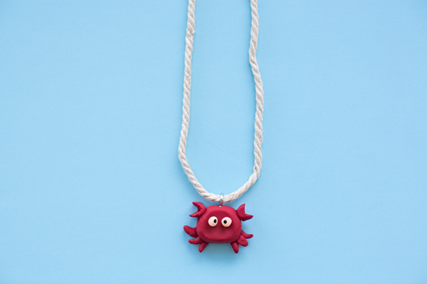 DIY cute clay crab necklace (via www.hellowonderful.co)