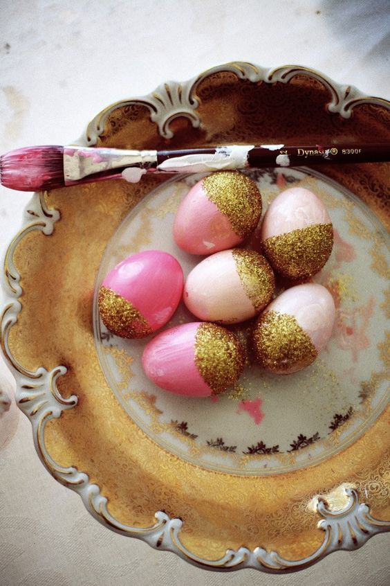 add just some gold glitter to your pastel eggs