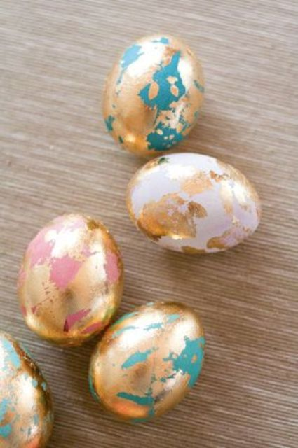 colored and gold foil Easter egg decor looks modern and fresh