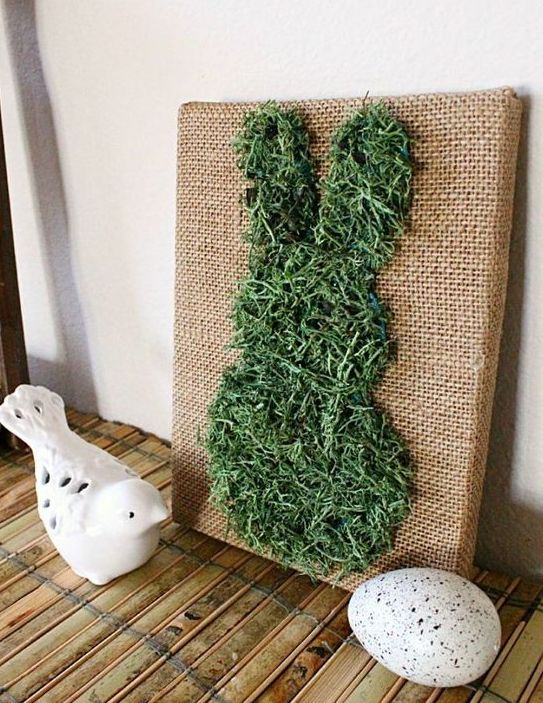 burlap canvas art with a moss bunny is easy to DIY