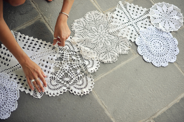 DIY doily table runner (via baysidebride.com)