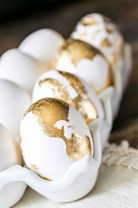gold foil Easter egg decor looks chic and bold