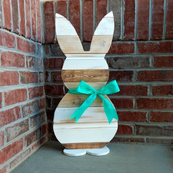 reclaimed wood Easter bunny with a turquoise bow
