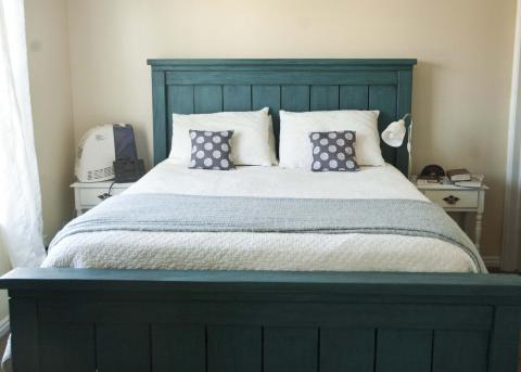 Inspirational DIY farmhouse teal bed via ana white