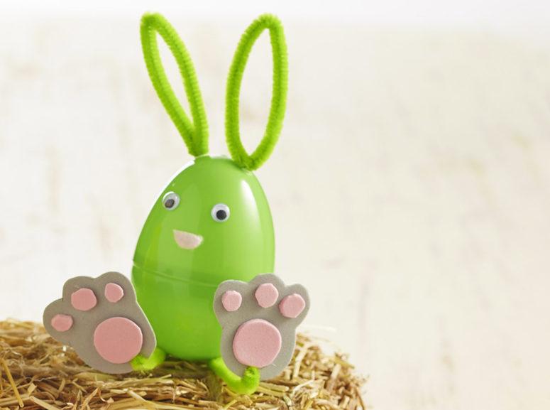 DIY plastic Easter egg bunnies (via blog.hobbycraft.co.uk)