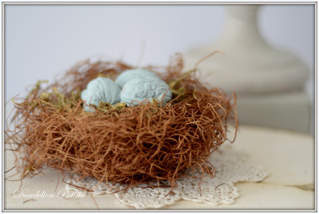 DIY nest with chalkboard eggs