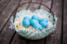 DIY doily Easter basket