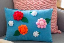DIY pompom spring flower pillow