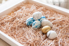 DIY marbelized clay Easter eggs