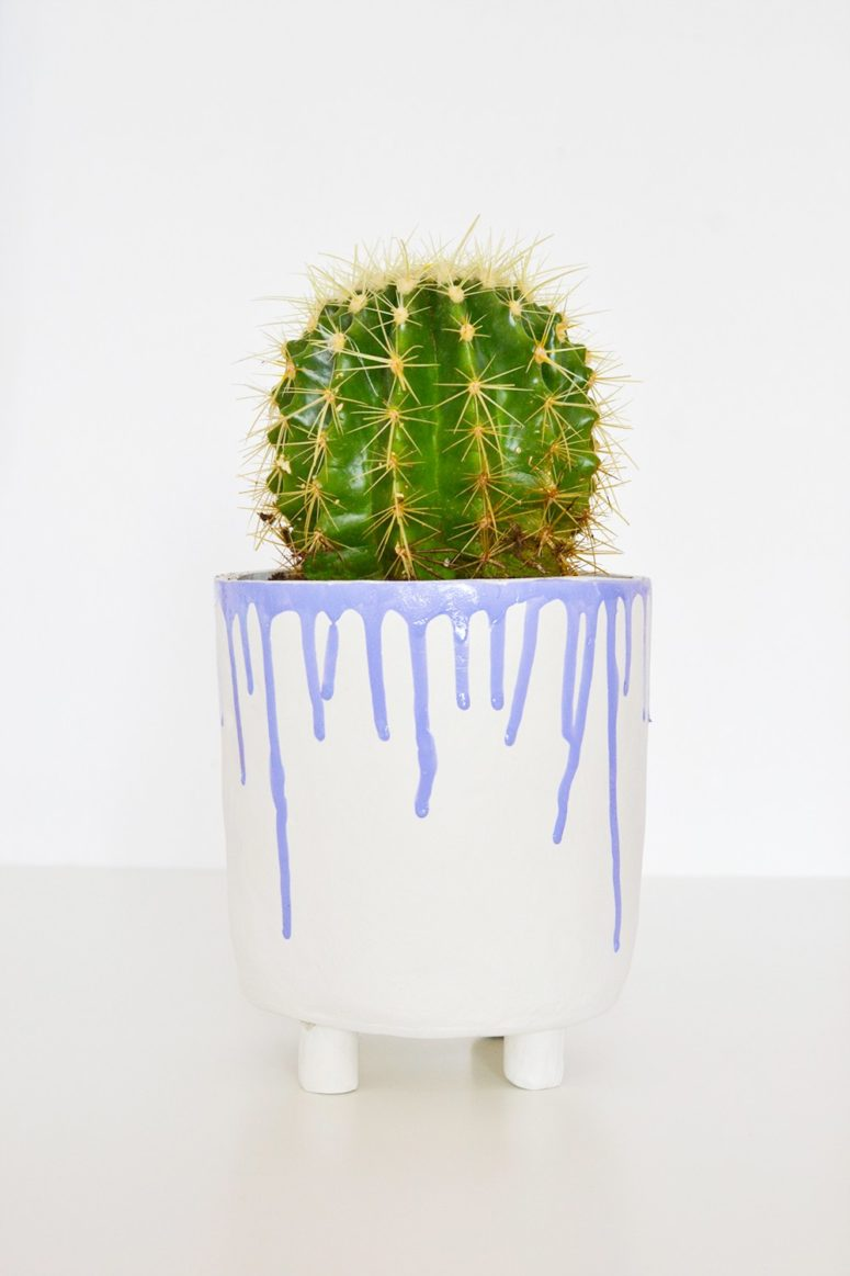 DIY drippy clay planter (via enthrallinggumption.com)