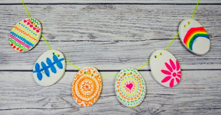 DIY clay Easter eggs bunting (via www.muminthemadhouse.com)