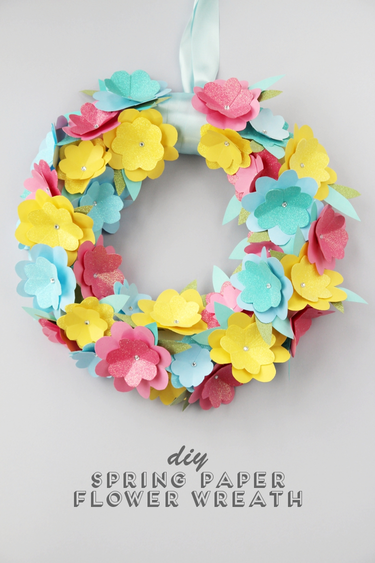 DIY spring paper flower wreath (via www.gatheringbeauty.com)