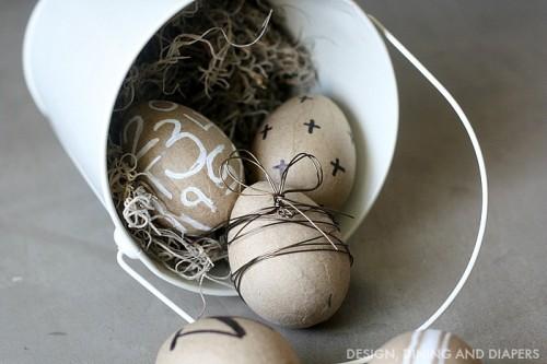 DIY paper mache Easter eggs (via www.shelterness.com)