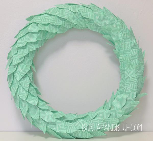 DIY washi tape mint spring wreath (via www.burlapandblue.com)