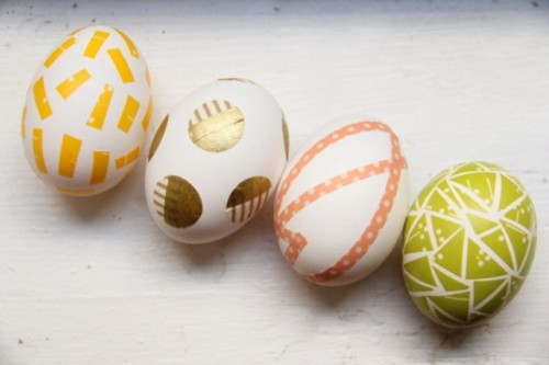 DIY colorful washi tape Easter eggs (via www.shelterness.com)