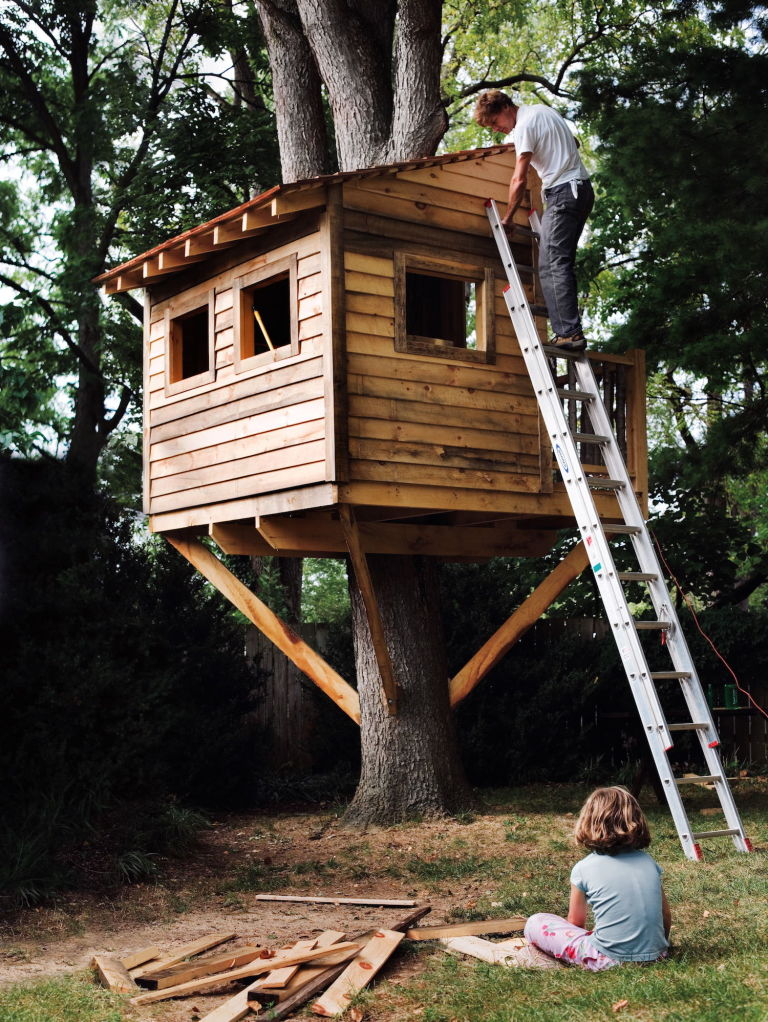 9 diy tree houses with free plans to excite your kids for Tree house ideas plans