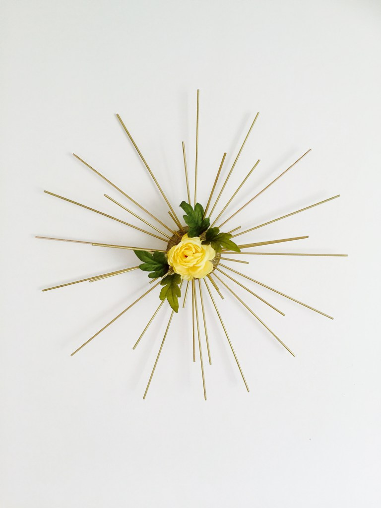 DIY spring sunburst wall art (via www.crispandbliss.com)