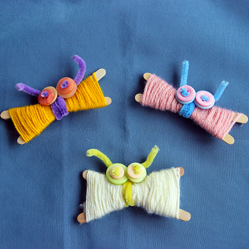 DIY yarn butterflies (via we-made-that.com)